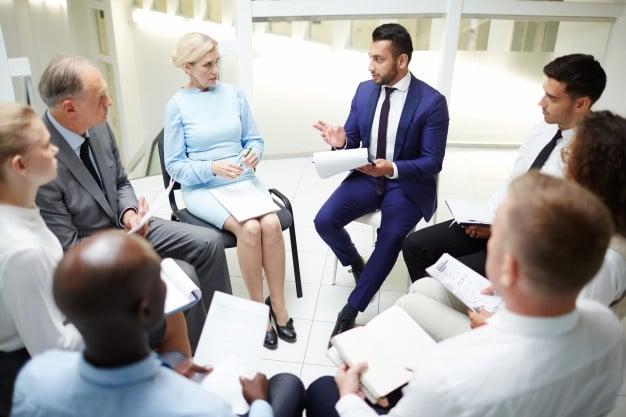 Le coaching de manager améliore les relations entreprise-managers et managers-collaborateurs sur le long terme.